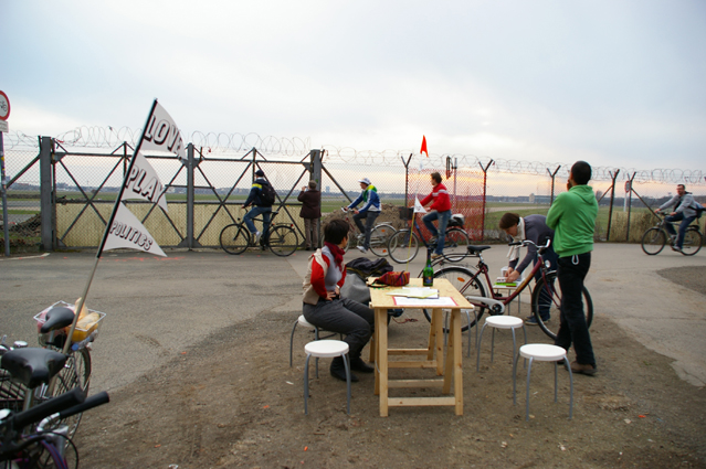 Mobile Office at former Tempelhof Airport