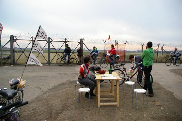 Mobile Office at former Tempelhof Airport